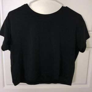 Lululemon black crop top women's size 6